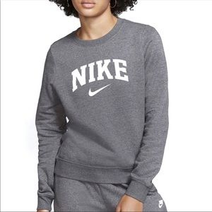 Nike Varsity Crewneck Swestshirt